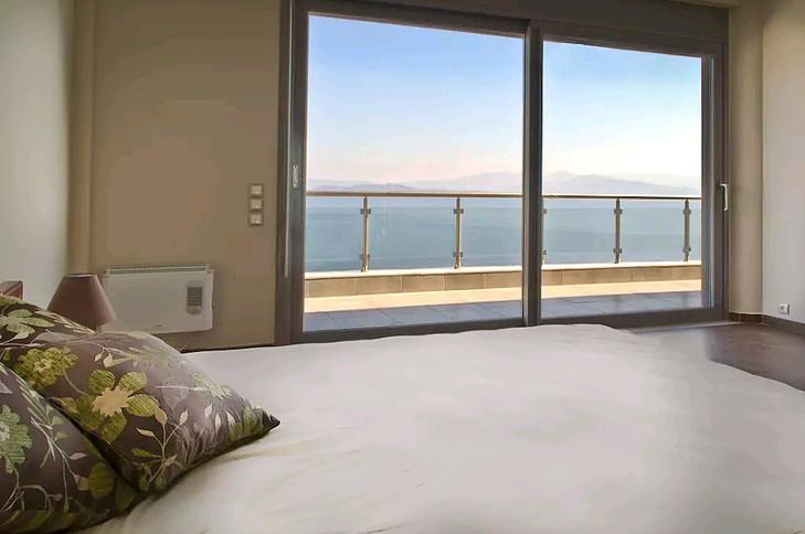 6.bedroom