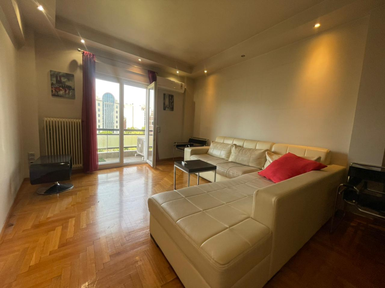 Fully renovated flat of 1 bedroom